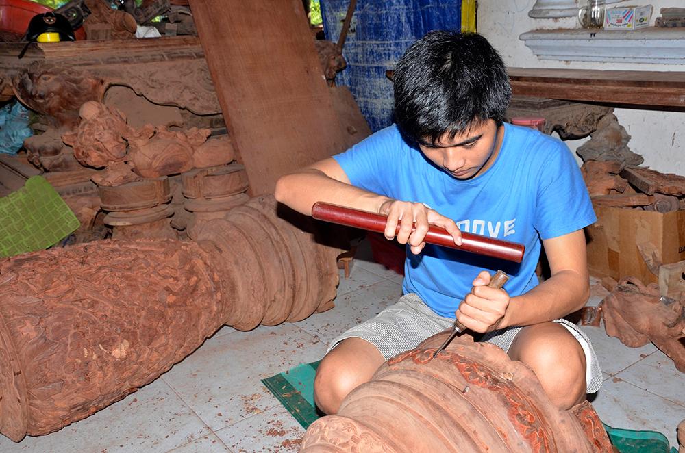 Làng nghề mộc Chợ Thủ